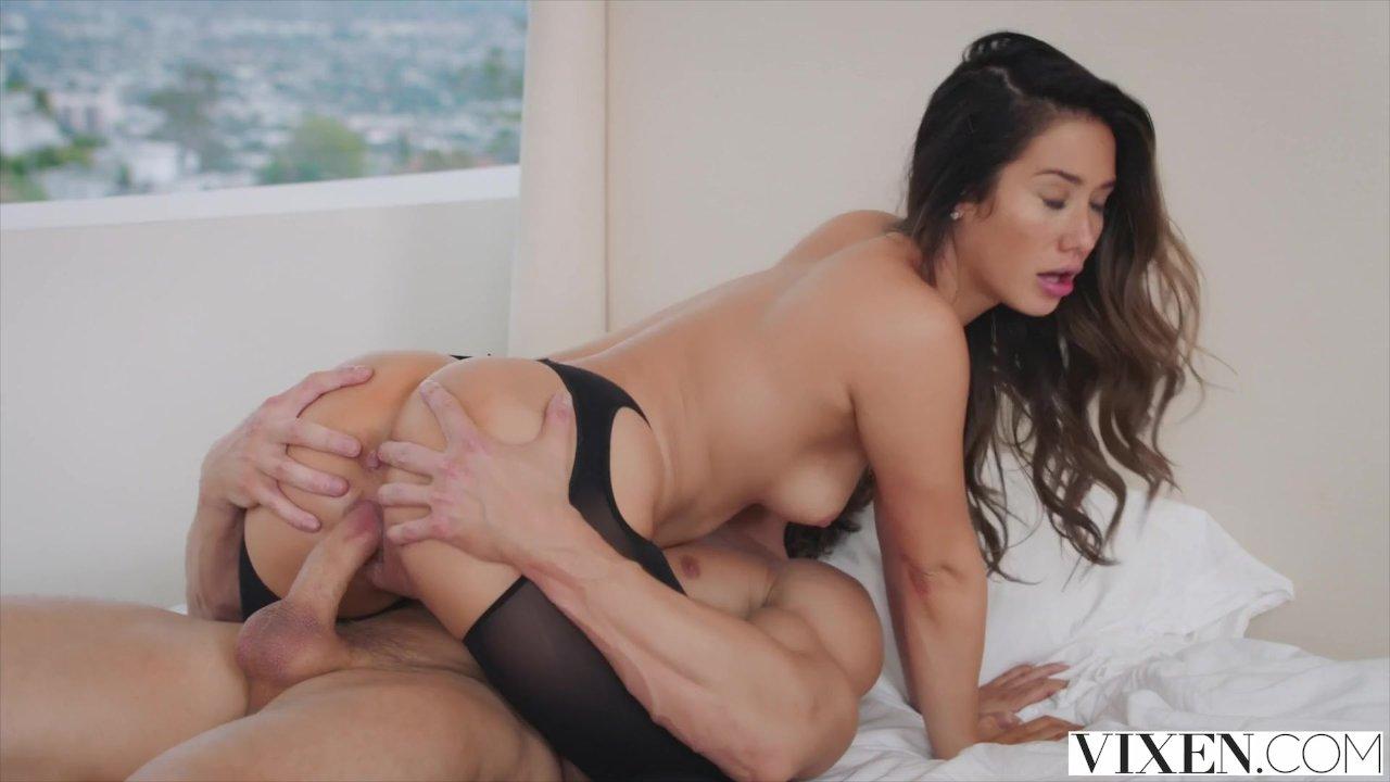 Viser Xxx billeder For mest intense sex scene Xxx Www-6398