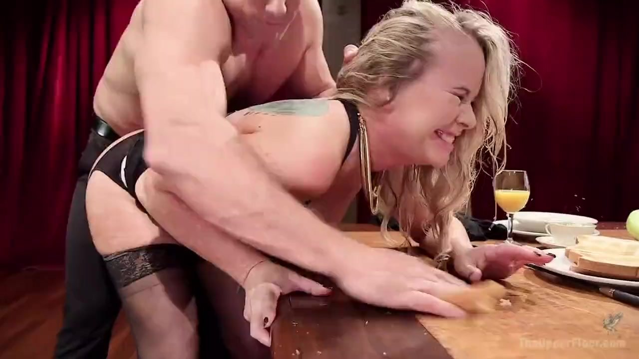 Ash Hollywood big ass blonde fingering ass and vagina.