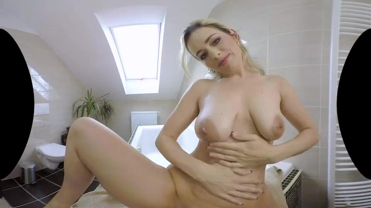 Jenni Lee Sex oralny