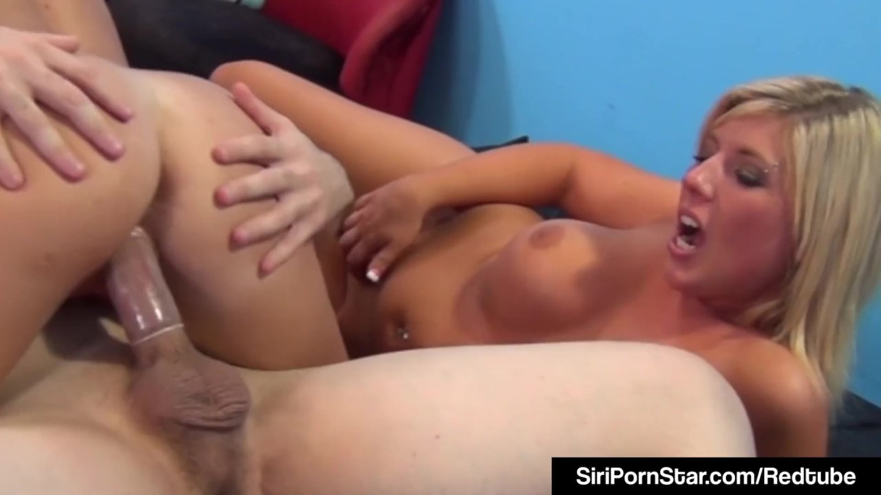 Siri Pornstar In Orgy With Britney Heidi, GF & Hard Cock!