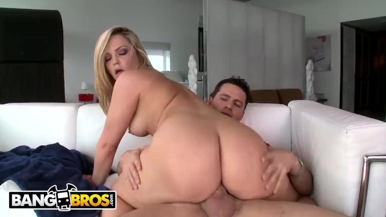 Alexis Texas Working Out