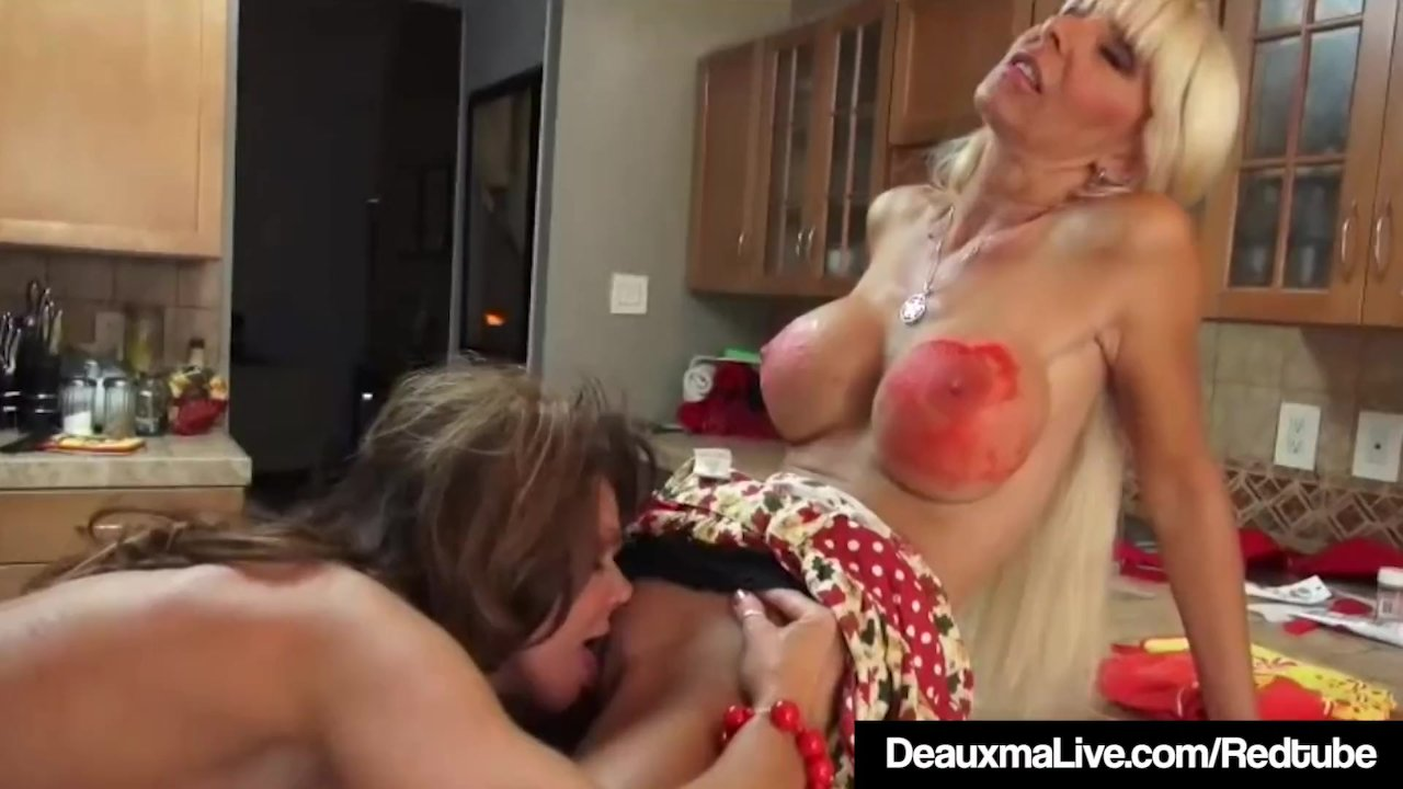Deauxma lesbijki porno