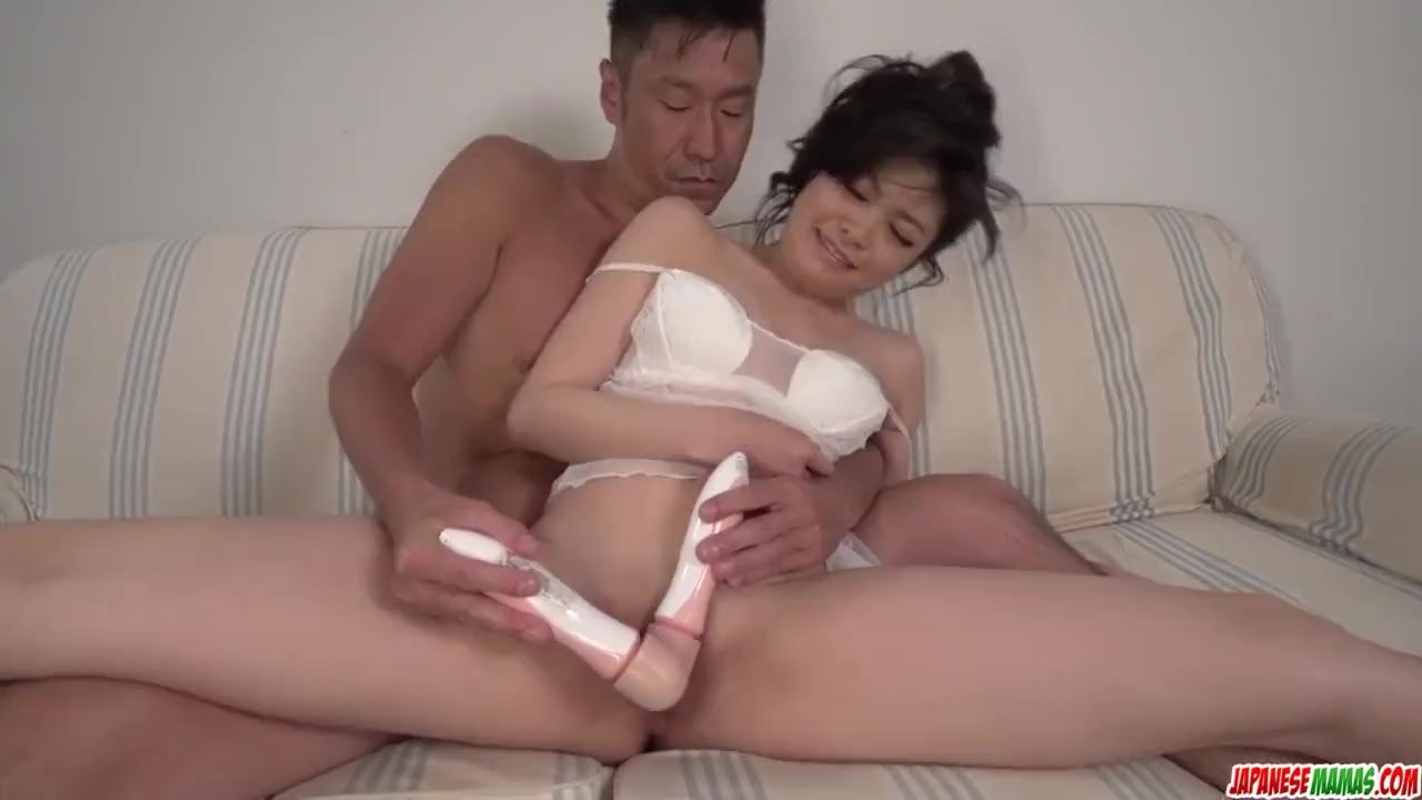 Amateur Japanese dildo pleasures for Rei Asamiy - More at Japanesemamas com