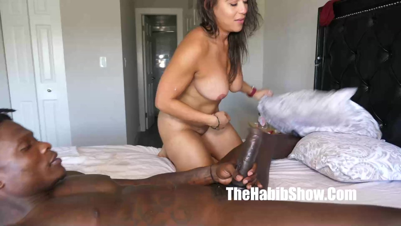 this sexy latina rican phat booty carmela clutch