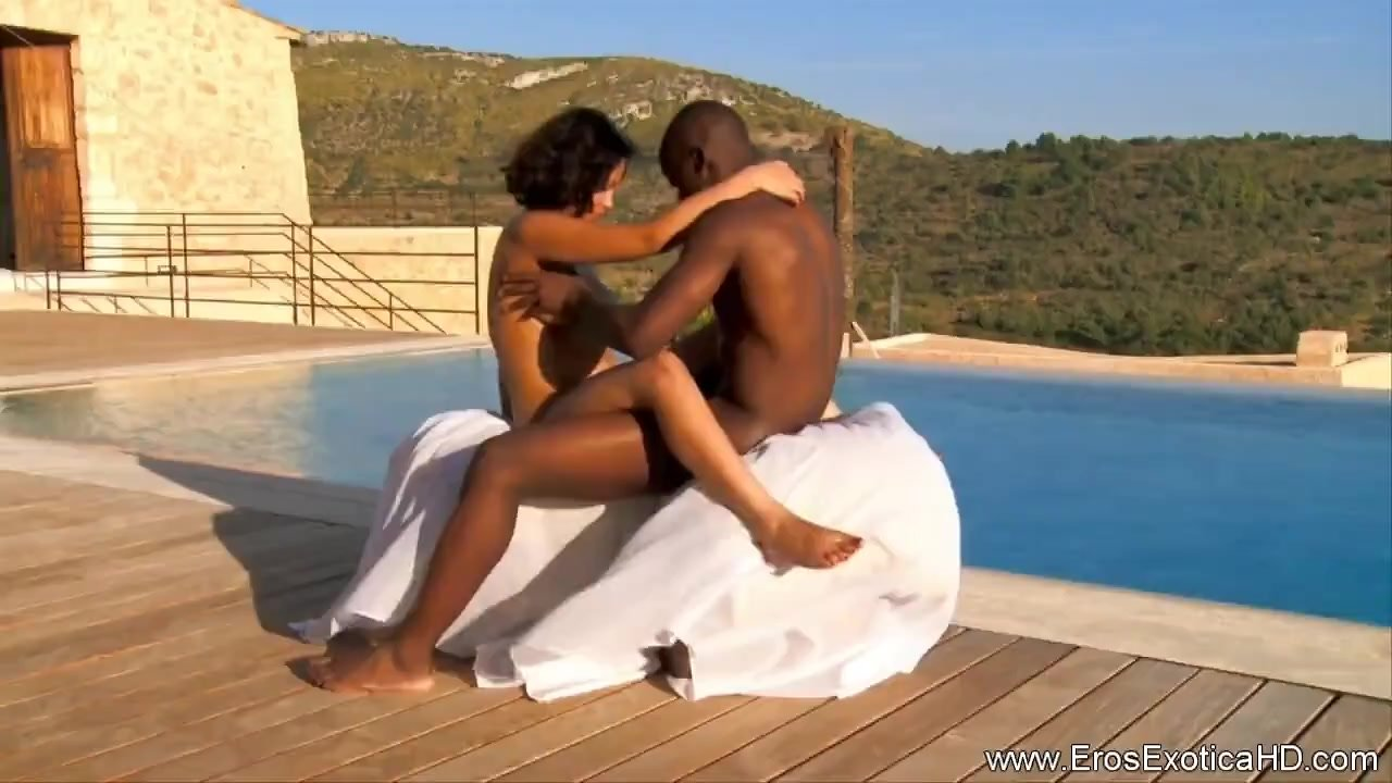 Africans Learning New Sex Tricks Outdoors