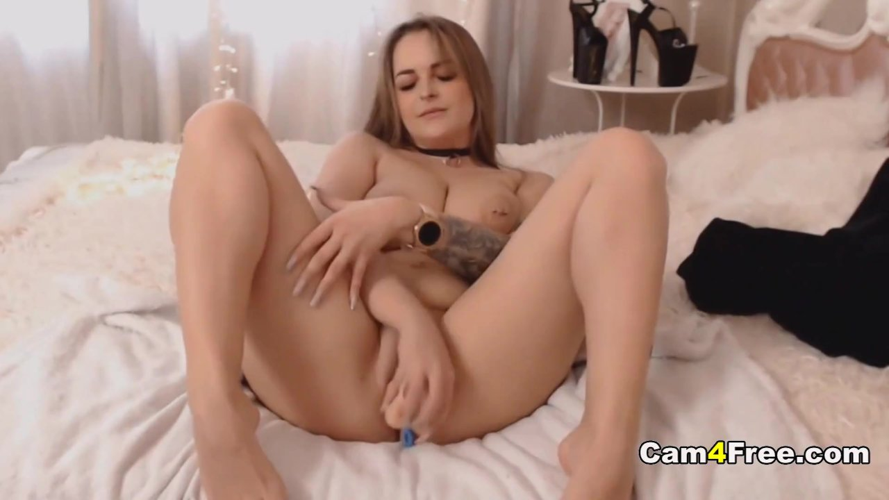 Blonde Babe Plays Her Sex Toy