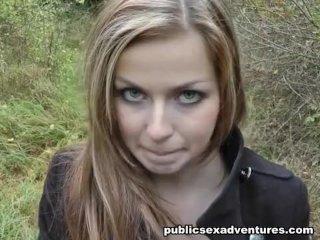 Nice girl sucking dick