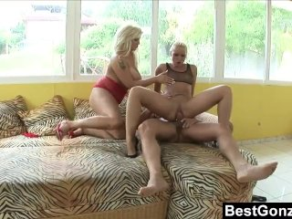 Creampie for Kathia during a hot threesome