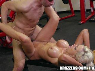 Nina Elle takes a big dick – brazzers