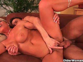 Grandma with big tits and squirting pussy