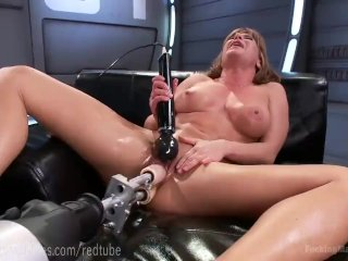 Ariel X's Perfect Body And Fuck Machines