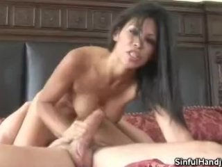 Handjobs Ends With Cum On The Face!