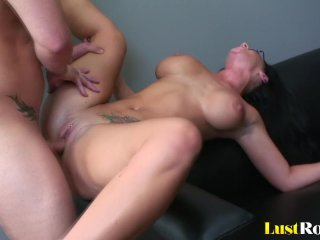 Cute Jayden James will bend over and bang