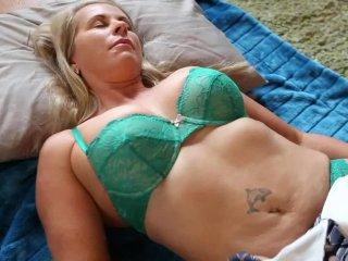 Gorgeous MILF Eva Masturbating