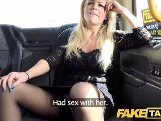 Nadržaná milfka obšťastní vodiča taxi