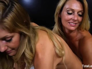 Hot blonde fucks her busty stepmom