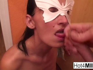 Amateur MILF Melinda gets a hard cock in her ass