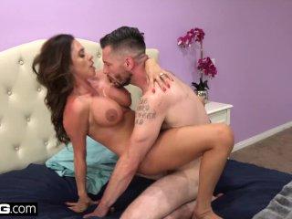 BANG Confessions – Cheating Wife Ariella Ferrara fucks the pool guy