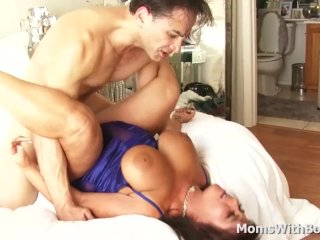 Big Boobed Mature Cassidy Exe Sex With Younger Boyfriend On Film