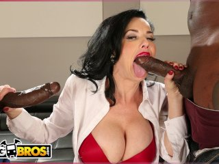 BANGBROS – Real Estate Agent Veronica Avluv Gets Double Penetration