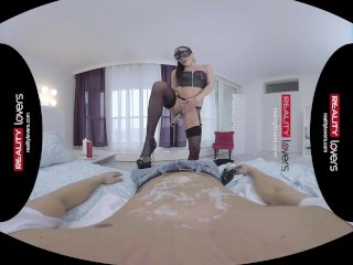RealityLovers VR – Mistress demands Obedience