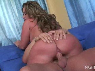 Big tit babe s shaved pussy banged hard