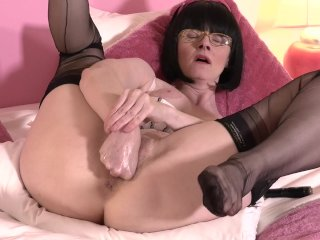 FFstockings – Fist and Panty Stuffing