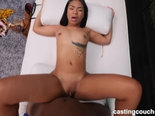 18 Year Old Black Girl Fucks To Get Into Rap Video