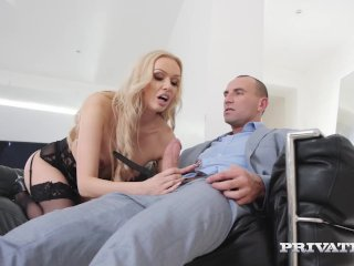 Private – Milf Amber Jayne Face Fucks & Pussy Pounds Hubby