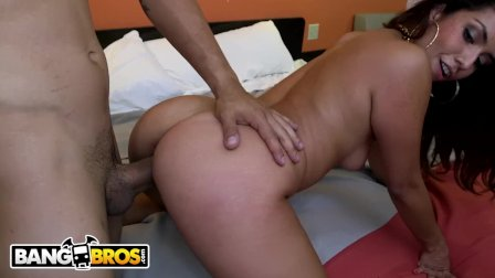 BANGBROS - Latina Isabella Taylor Loves To Shake Her Big Ass On The Dick