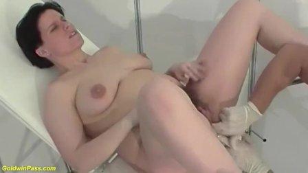 preggo milf anal fucked by her doctor